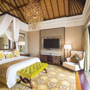 The St. Regis Bali Resort in Südbali: The Strand Villa | Bedroom