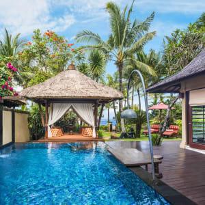 The St. Regis Bali Resort in Südbali: The Strand Villa | The Private Pool and Gazebo
