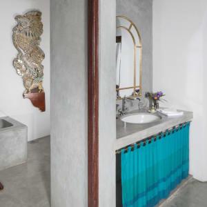 Kandy House: Ultra | Peacock Royal