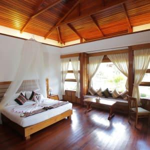 Popa Garden Resort in Bagan: Villa Terrace | Bedroom