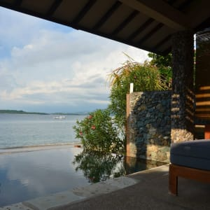 Cocotinos à Lombok: Water's Edge Villa