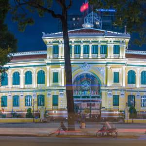 Vietnam Erlebnisreise - Von Hanoi zum Mekong Delta: Saigon Central Post Office
