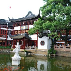 Mit der Tibet Bahn zum Dach der Welt ab Peking: Shanghai Yu Yuan Garden