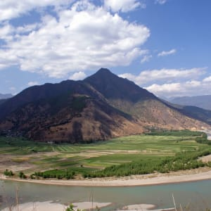 Les hauts lieux du Yunnan de Kunming: Shigu Bend of Yangtze River
