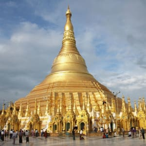 Le pays doré de Yangon: Shwedagon Pagoda Yangon