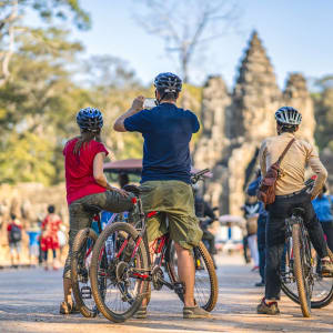 Découverte active de la merveille d'Angkor de Siem Reap: South Gate Angkor Thom - Bycycle tour
