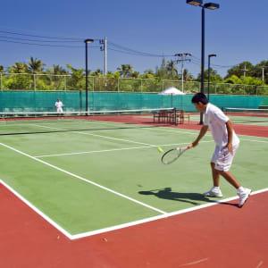 Anantara Mai Khao Phuket Villas: Tennis
