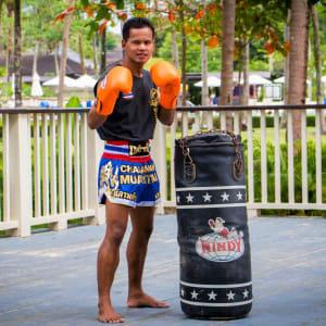Dusit Thani Krabi Beach Resort: Thai Boxing