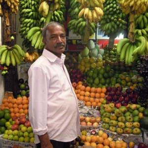 Sri Lanka für Geniesser ab Colombo: Sri Lanka: local fruit stall