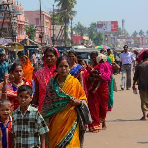 Odisha, terre des temples de Bhubaneswar: Street scene in Puri