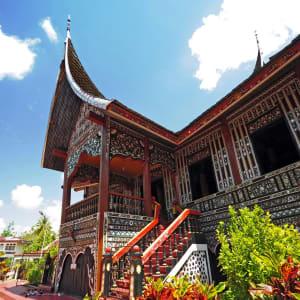 Sumatra Überlandreise ab Medan: Sumatra Padang Rumah Gadang or Big House