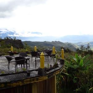Papouasie – un voyage dans un autre temps de Jayapura: Terrasse Baliem Valley Resort