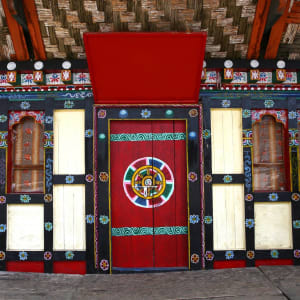 Bhutan - Land und Legenden ab Paro: Traditional doors and windows