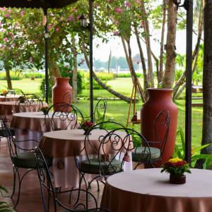 Von Angkor nach Phu Quoc ab Siem Reap: Victoria Can Tho_Facilities_Spices Restaurant_Terrace