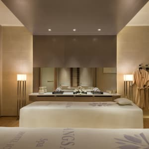 Hotel ICON in Hong Kong: Angsana Spa | Couple Room Treatment Bed