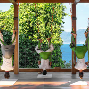 Six Senses Krabey Island à Sihanoukville & Îles: Flying yoga