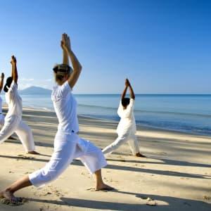 Anantara Mai Khao Phuket Villas: Seaside Yoga