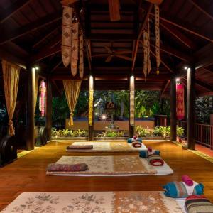 Ariyasom Villa in Bangkok: Spa