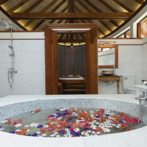 Thande Beach Hotel à Ngapali: Spa ( Bath Room )