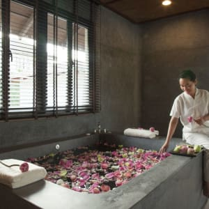 The Royal Sands Koh Rong in Sihanoukville & Inseln: Spa Room