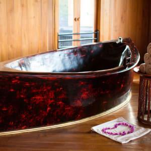 Inle Princess Resort in Inle Lake: Spa Shower