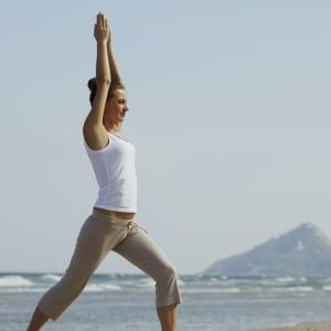 Intercontinental Hua Hin Resort: Yoga on Beach