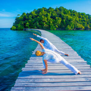Song Saa Private Island à Sihanoukville & Îles: Yoga on foot bridge to Koh Bong