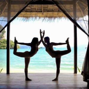 Individuelles Inselhüpfen in der Bucht von Phang Nga ab Phuket: wellness: Yoga View