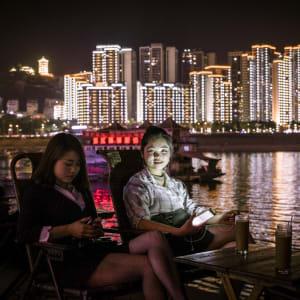 China für Geniesser mit Luxus-Kreuzfahrt auf dem Yangtze ab Peking: Yangzi Explorer Evening Mood on Deck