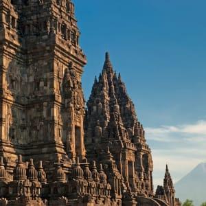 Java-Bali Kompakt ab Yogyakarta: Yogyakarta Prambanan Temple with Merapi Volcano