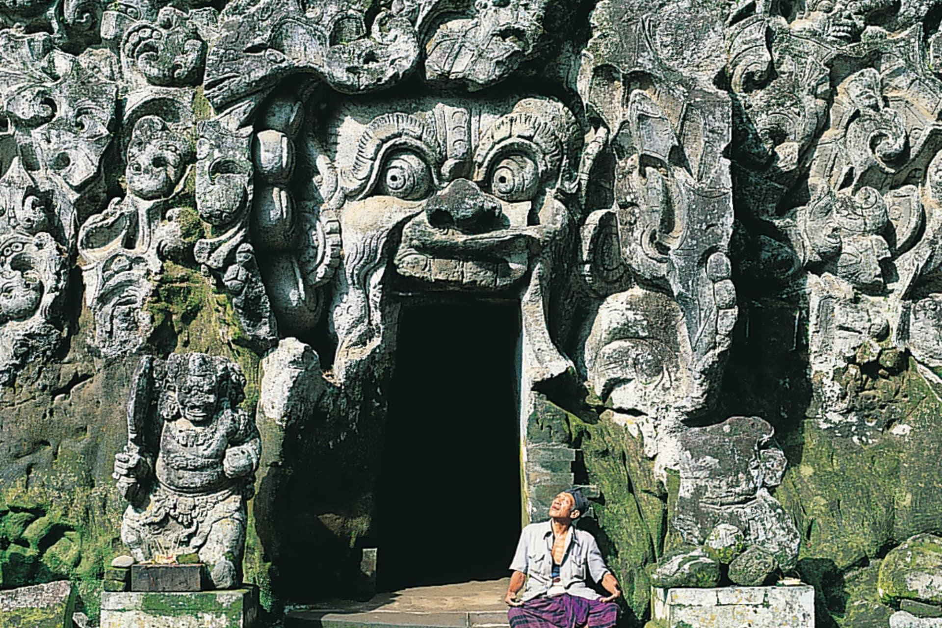 Bali Elephant Cave Goa Gajah