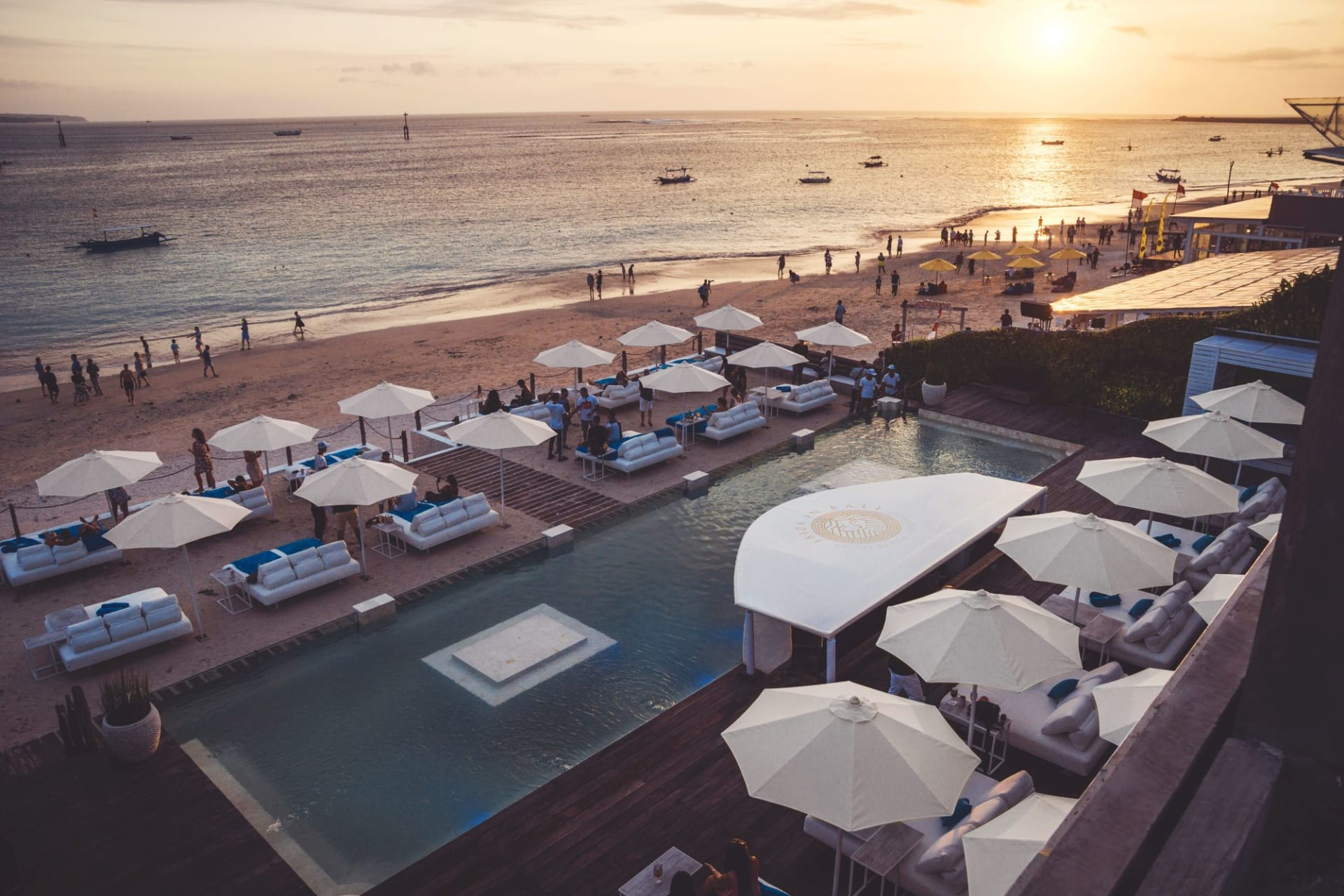 f&b: Ibiza Beach Club