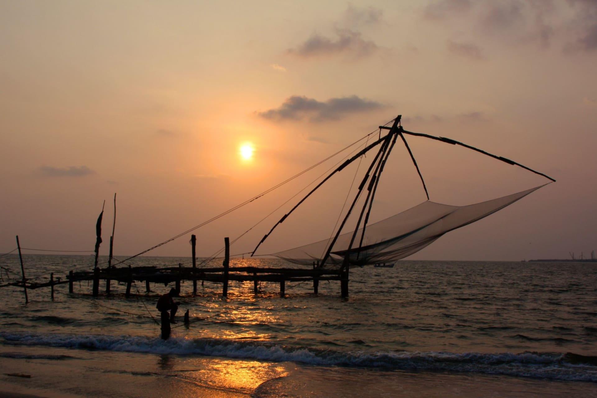 Kochi: Chinese fishing net