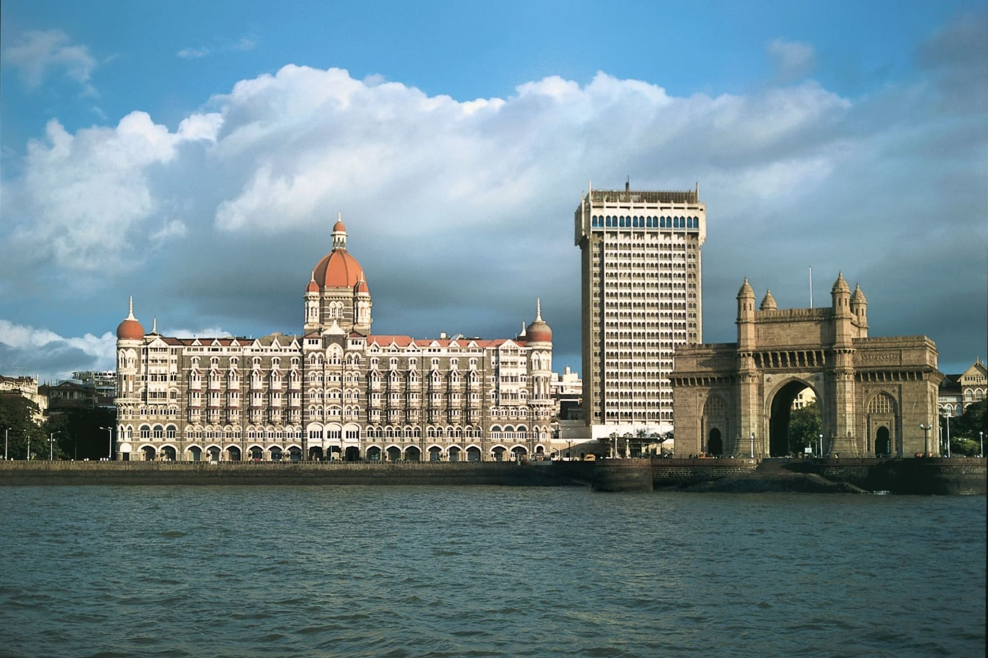 location: Mumbai Taj Mahal Palace with Gateway of India