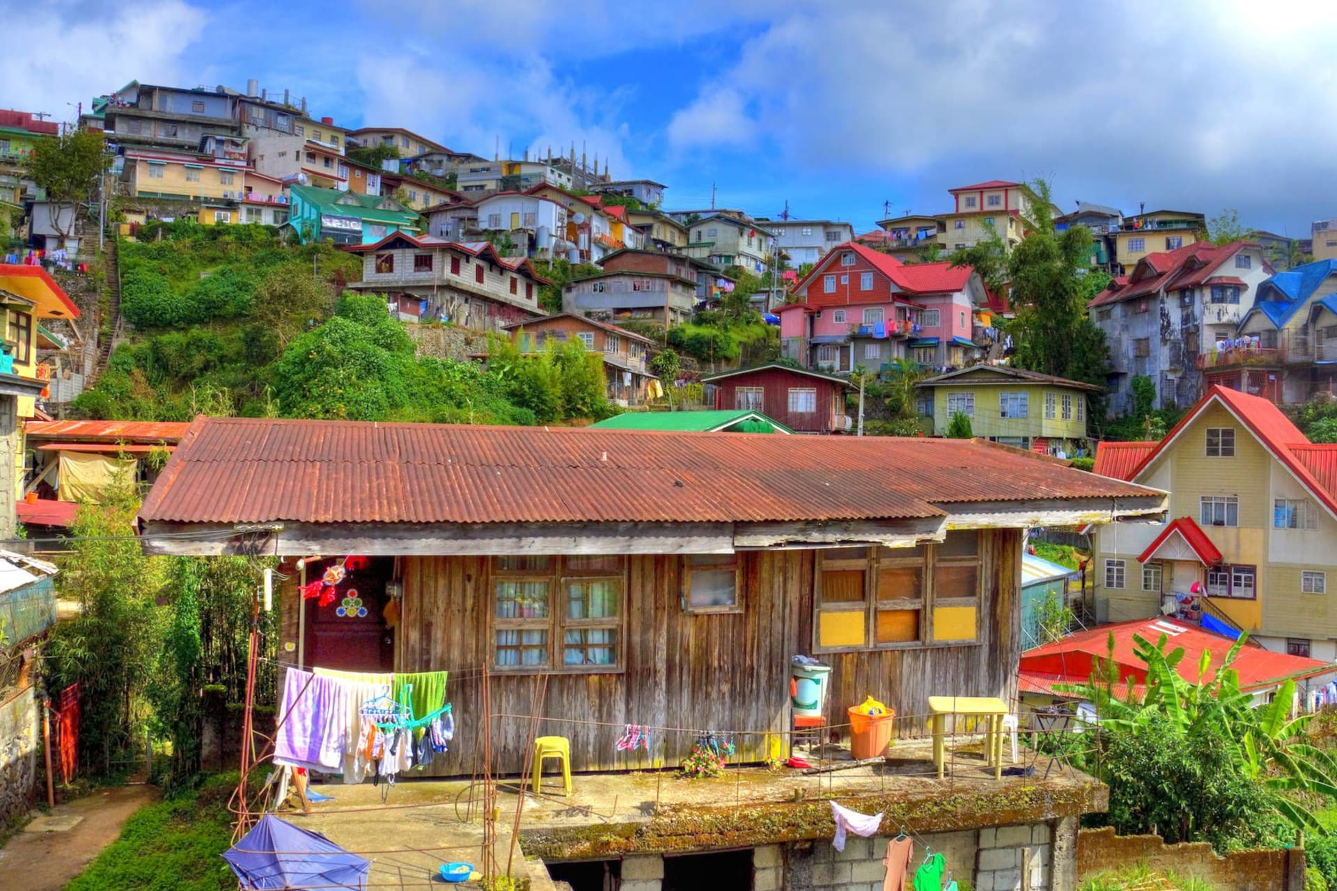 Luzon Baguio colourful town