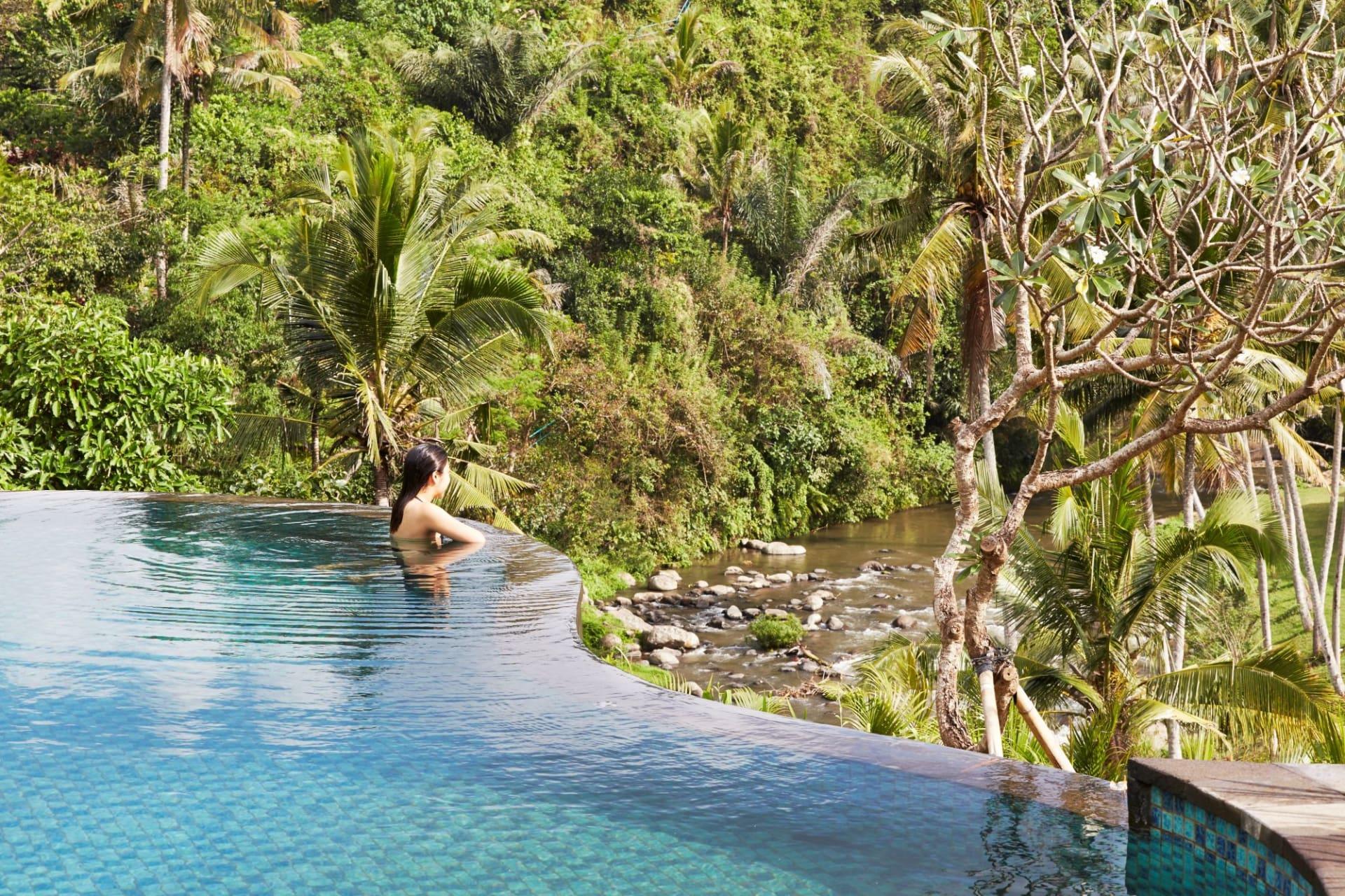 pool: Main Pool
