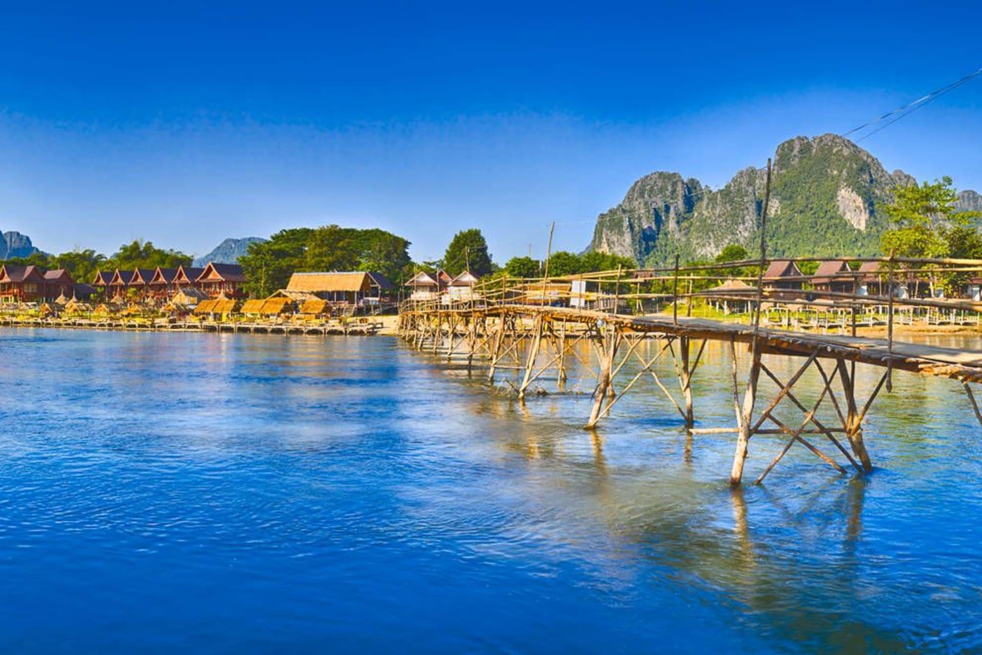 Vang Vieng bamboo bridge