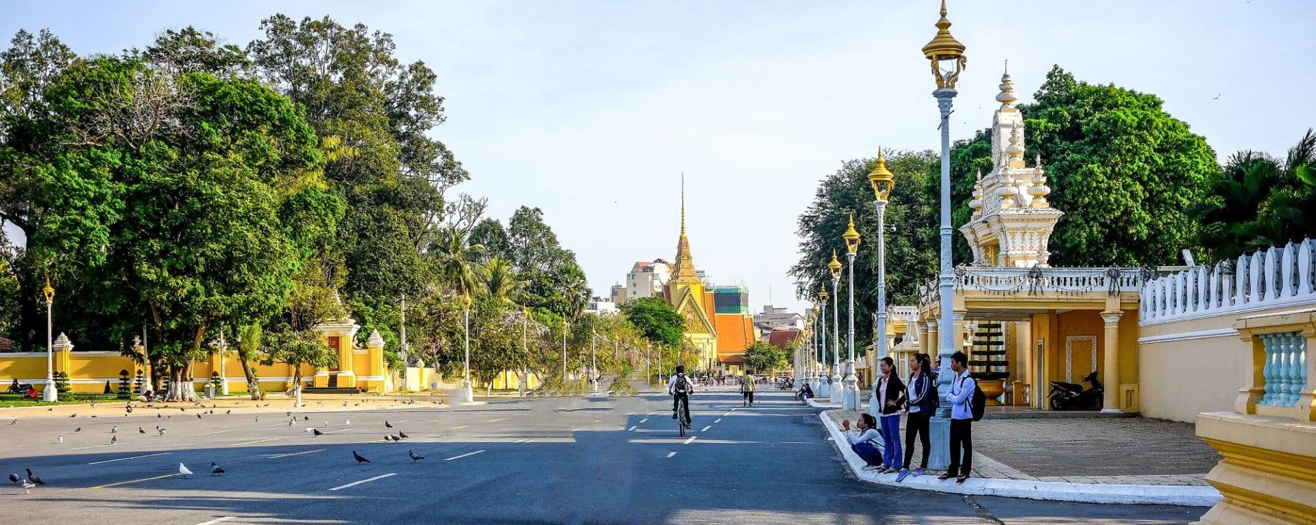 Tour de ville en Tuk Tuk à Phnom Penh: Phnom Penh Main Street