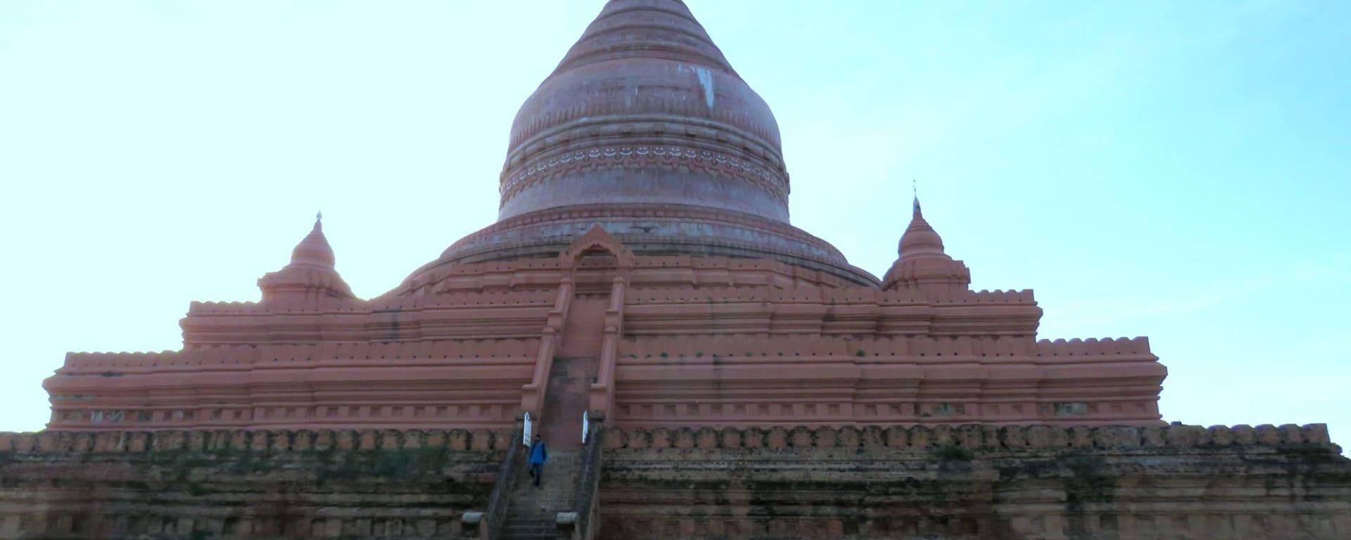 Ursprüngliches Dorfleben am Dohtawaddy Fluss in Mandalay: Shwe Zi Gon Pagoda
