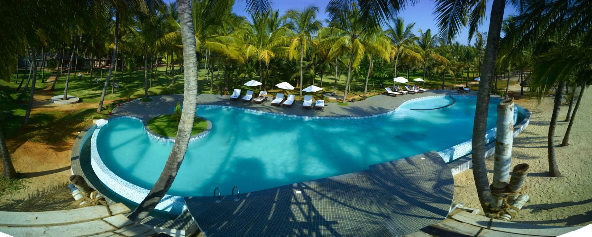 Nattika Beach Ayurveda Resort in Kochi: Pool