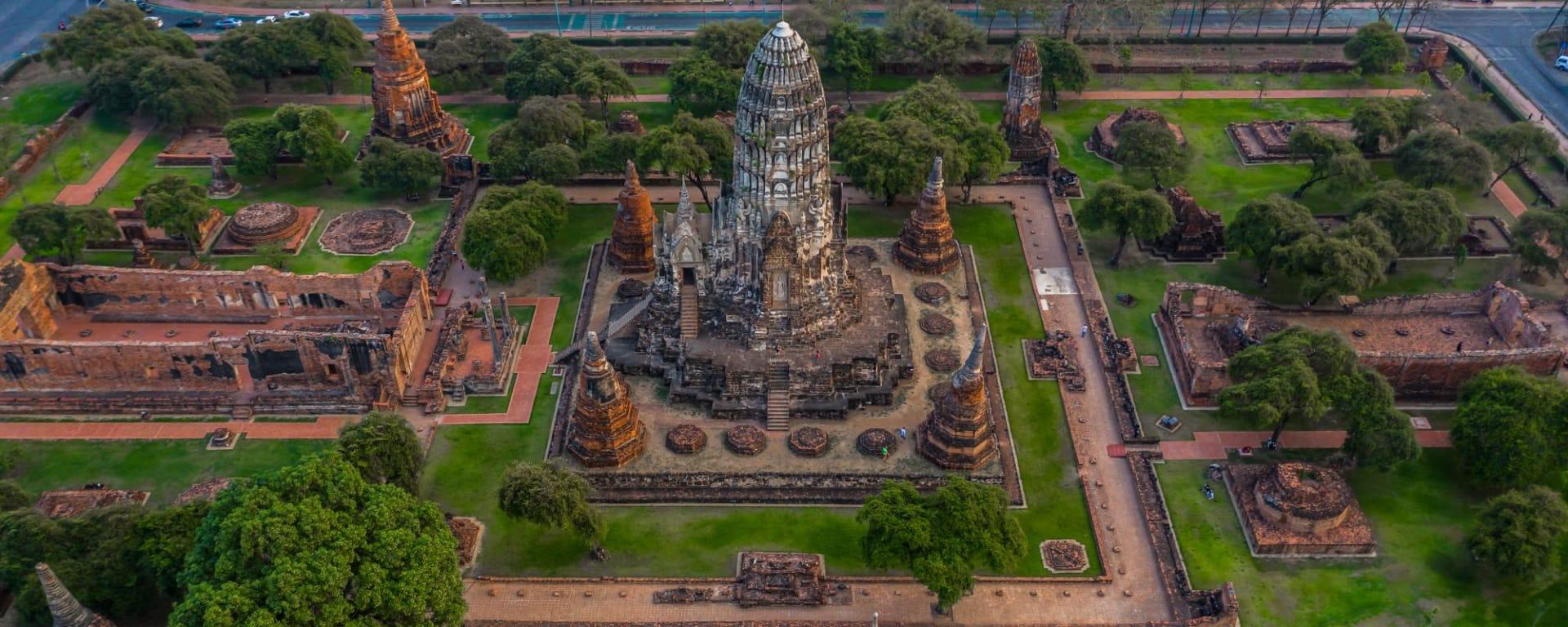 Thailand für Geniesser ab Bangkok: Ayutthaya Historical Park view from above