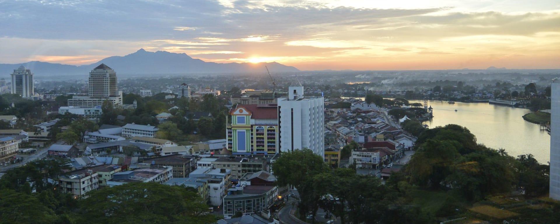 Höhepunkte Borneos ab Kuching: Kuching