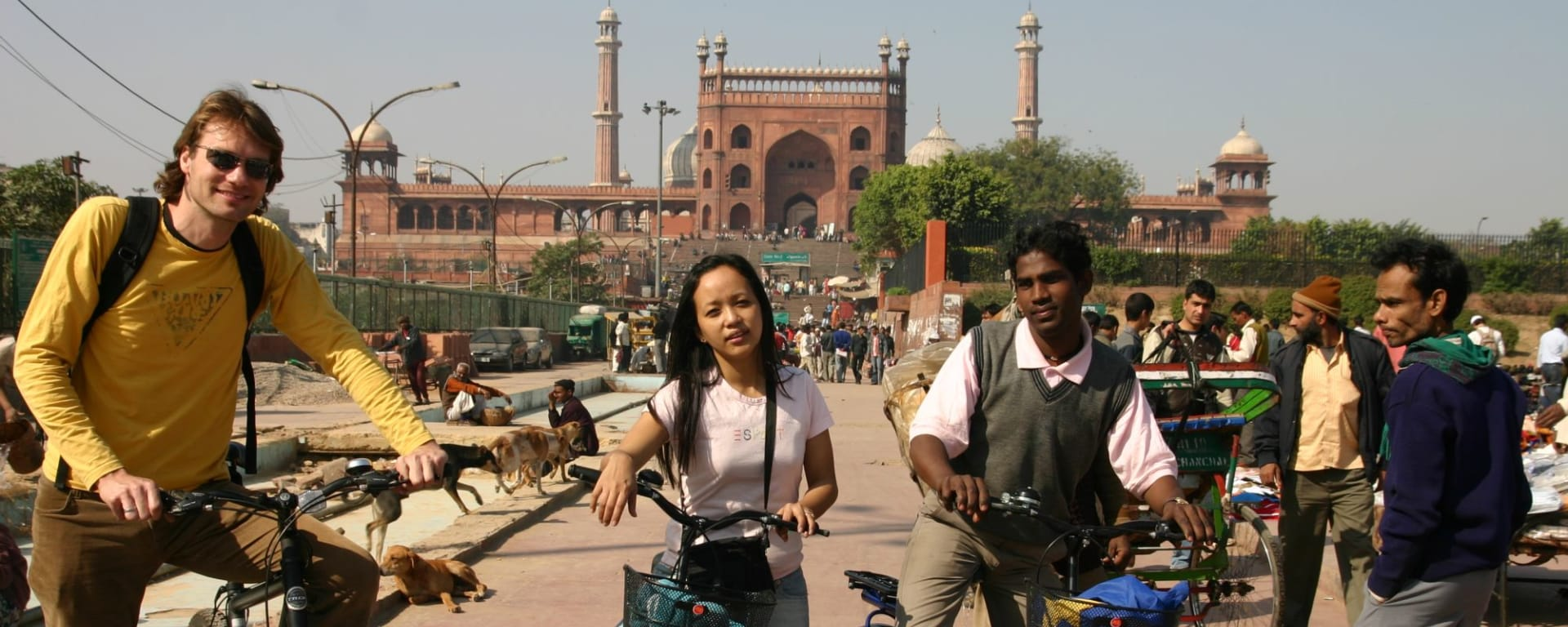 Velotour in Old Delhi: Bycycle Tour Delhi