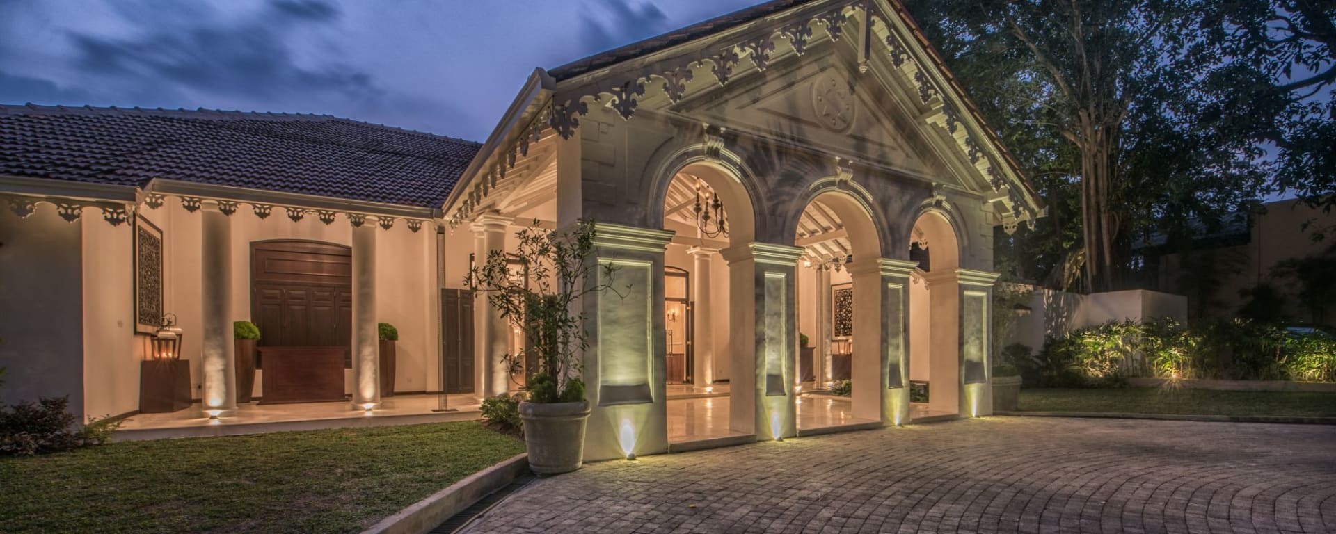 Residence by Uga Escapes in Colombo: Entrance