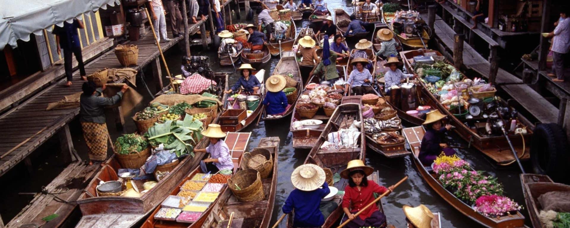 «Railway Market», marché flottant & vie villageoise à Bangkok: Bangkok: Damnoen Saduak Floating Market