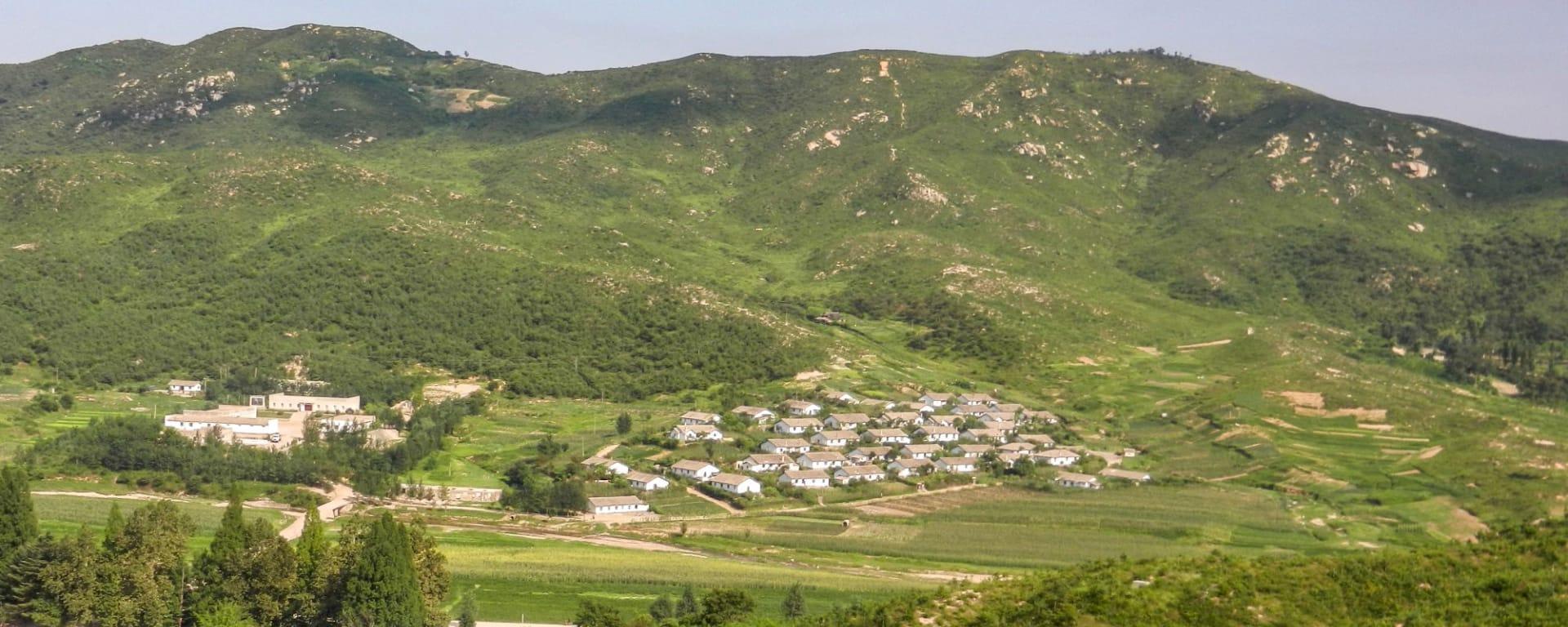 Nordkorea Kompakt ab Pyongyang: Kaesong Countryside