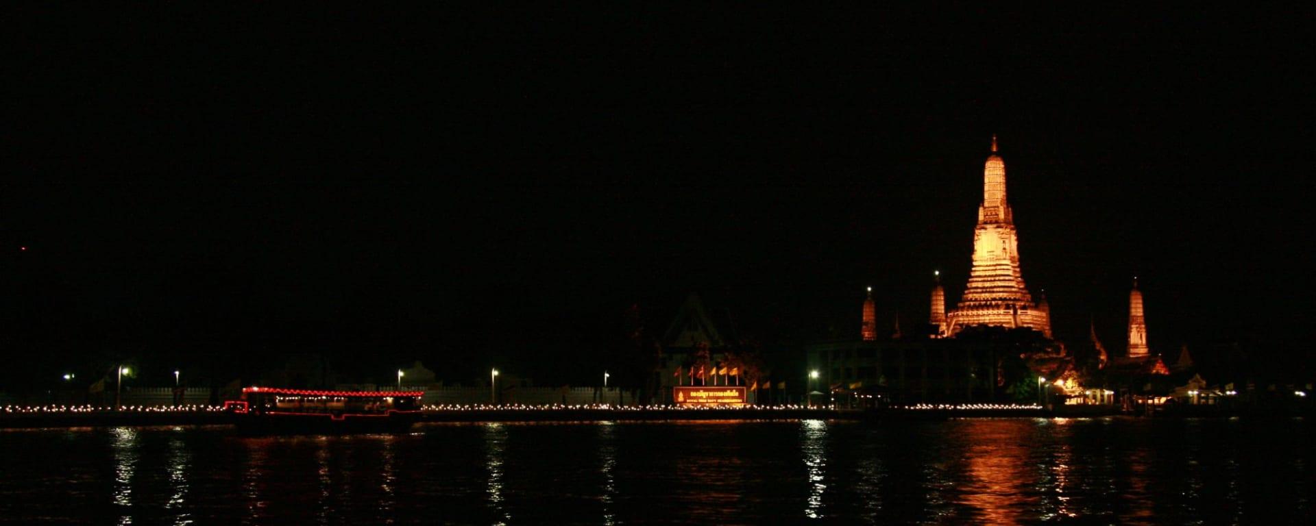 Chao Phraya by Night à Bangkok: Bangkok