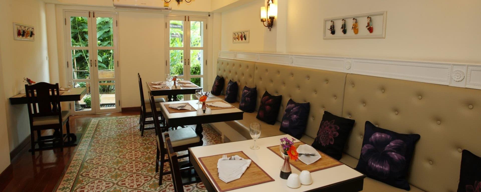 Shewe Wana Suite Resort in Chiang Mai: Restaurant (Dinner)