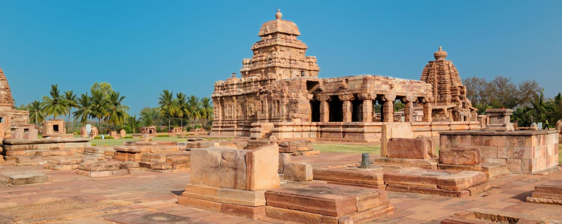 Trésors culturels du Karnataka de Bengaluru: Badami: ancient temple