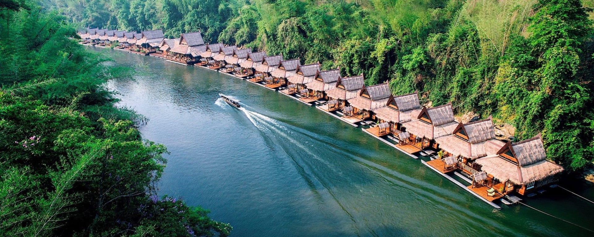 River Kwai Soft Adventure & Expérience avec les éléphants de Bangkok: exterior: overview